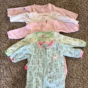 Bundle of 5 babygirl bodysuit sz 3m